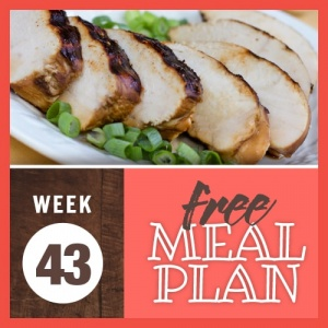 Image of grilled and sliced boneless skinless chicken breast plated and garnished with green onions and text Week 43 free weekly meal plan